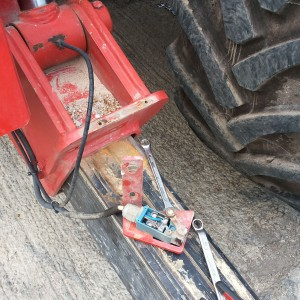 There are Mirco Switches on the outriggers of the Manitou machine, and to sense whether the outriggers are out.